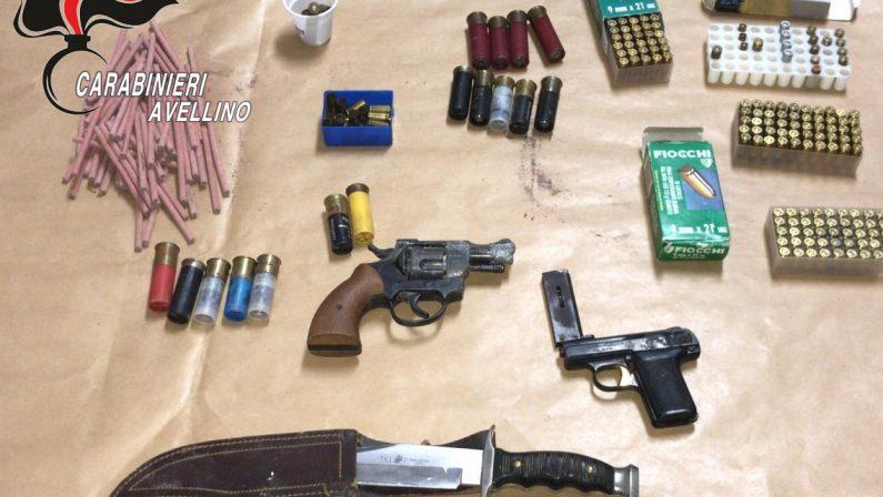Arrestato 60enne per detenzione illegale di armi ed esplosivi