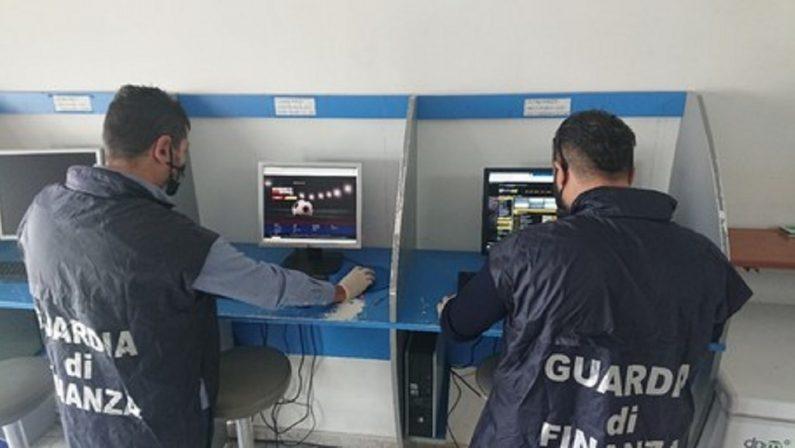 Scoperto nel Crotonese un centro scommesse abusivo in un negozio di articoli per la pesca