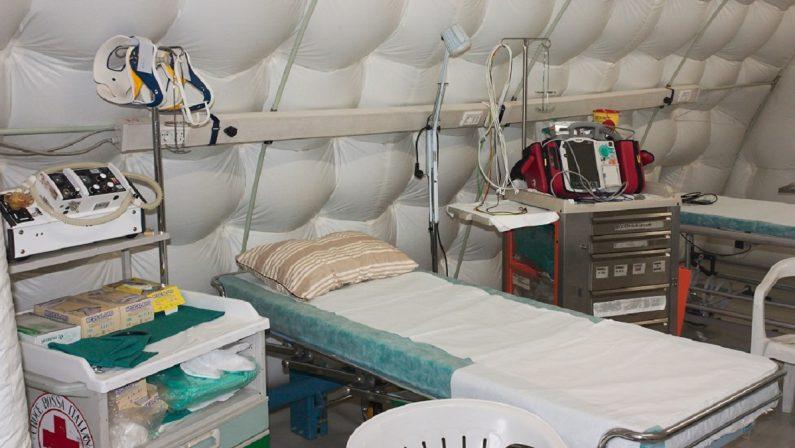 Coronavirus in Calabria: si lavora per ospedali da campo e Covid hotel, in arrivo una tenda per tamponi a Catanzaro