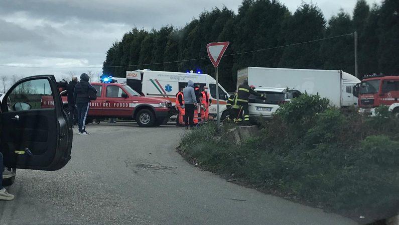 Ancora un grave incidente sulla provinciale Vibo-Tropea, due feriti dopo uno scontro frontale