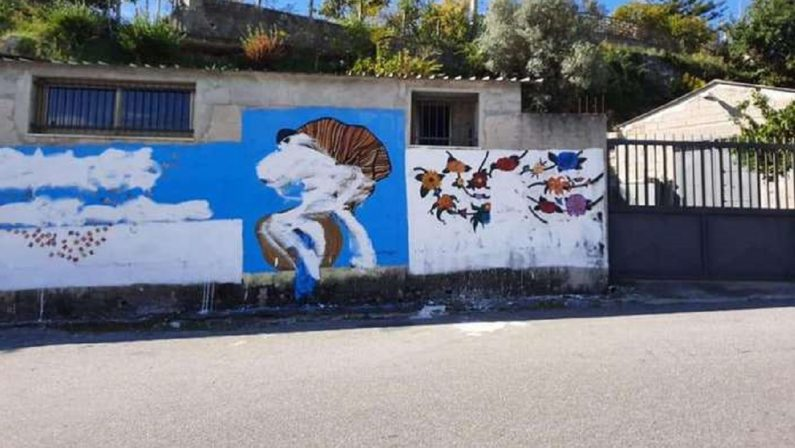 Riace, danneggiato il murale dedicato a Peppino Impastato