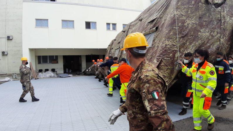 Coronavirus, Emergency lascia Crotone: finita la missione con l'ospedale