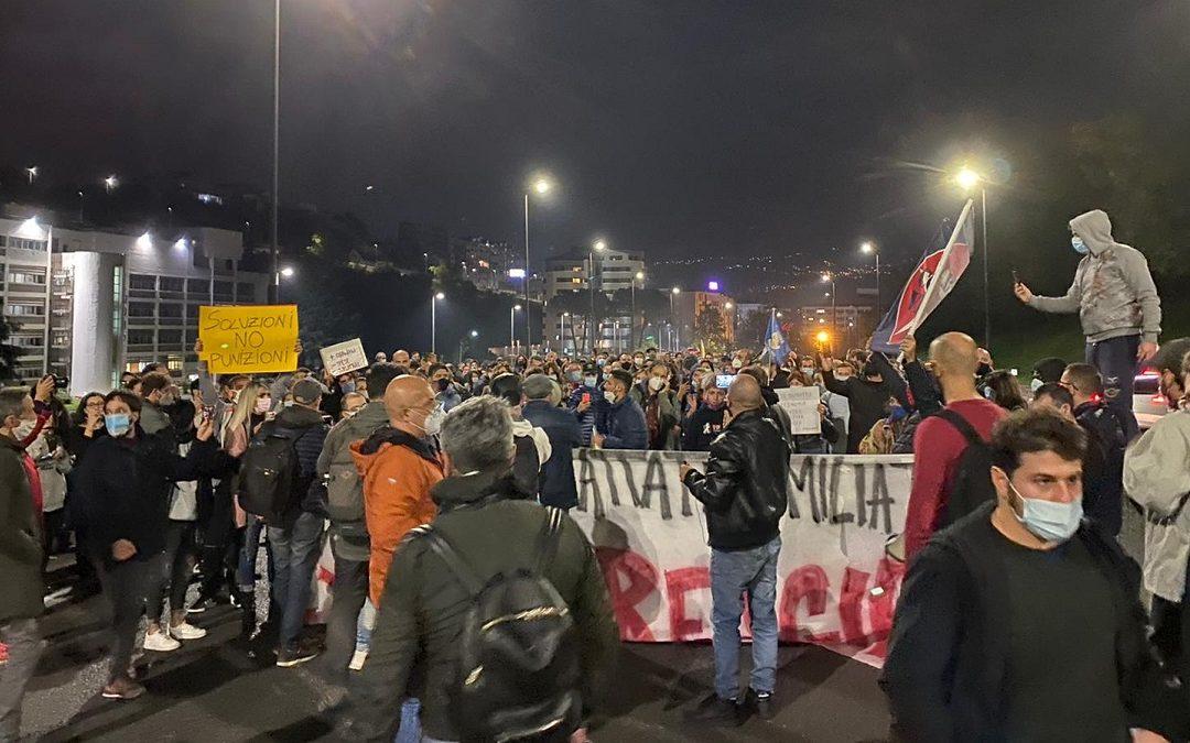 Una delle proteste a Cosenza