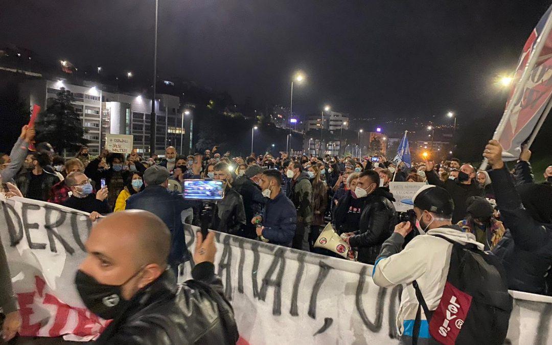 Una protesta a Cosenza nei giorni scorsi