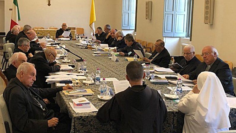 Elezioni regionali, l'appello dei vescovi ai calabresi: «Basta favoritismi e comparaggi»