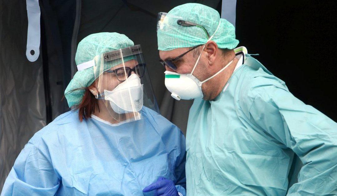 Coronavirus in Italia, i guariti superano i nuovi contati ma ci sono ancora 814 decessi in 24 ore