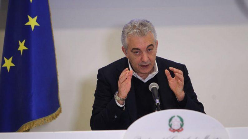 Covid, indagato l'ex commissario Arcuri: pagate milioni di mascherine non a norma