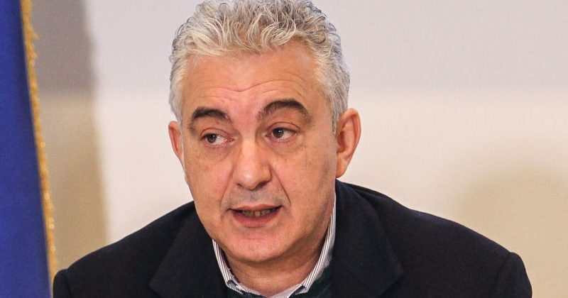 Coronavirus, il commissario Arcuri: «I vaccini saranno gratuiti per tutti, no a corsie preferenziali»