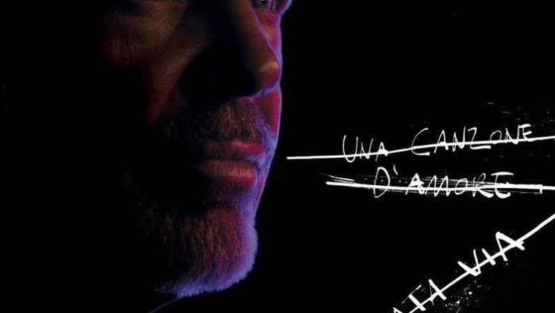 """Vasco Rossi, arriva """"Una canzone d'amore buttata via"""""""