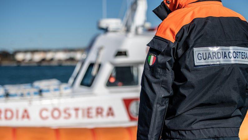 Abusivismo: strutture per il rimessaggio di barche sul demanio, sequestrata area nel Cosentino