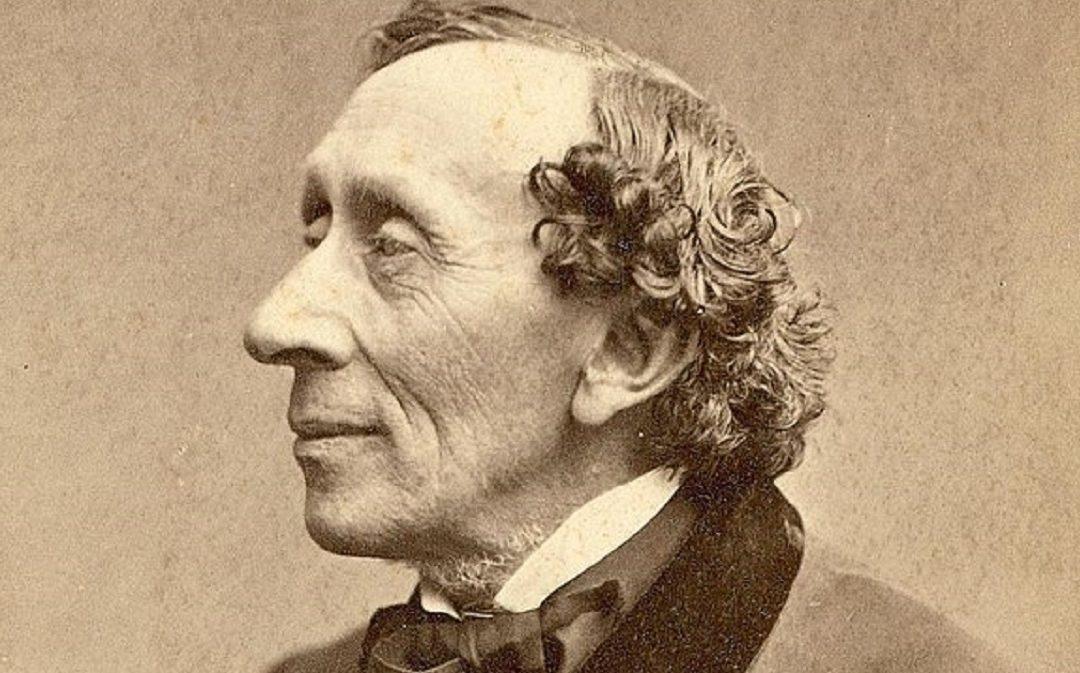 Hans Christian Andersen fotografato da Thora Hallager (1869)