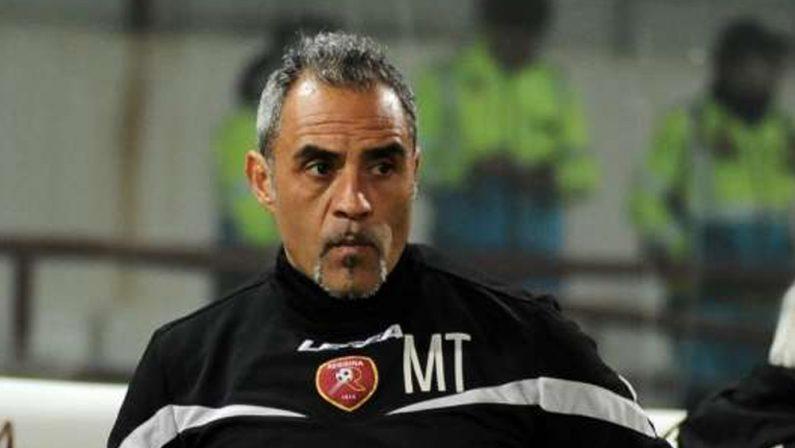 Serie B, la Reggina esonera mister Toscano dopo l'ennesima sconfitta