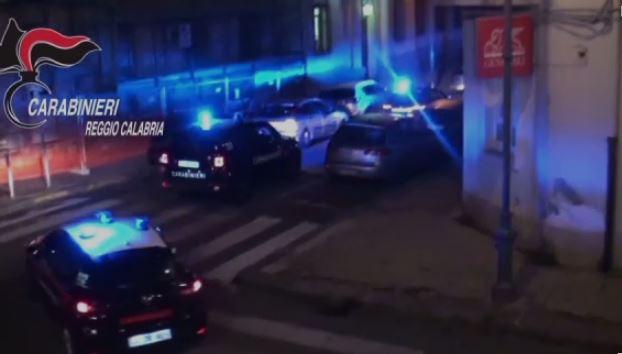'Ndrangheta, latitante da tre anni scovato dai carabinieri nel Reggino - VIDEO