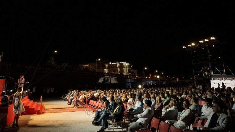 Racket al Magna Graecia Festival, il clan satellite dei Grande Aracri voleva incendiare il palco