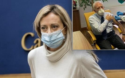 Vaccini, Meloni: Chi ha deciso che De Luca potesse essere vaccinato prima degli altri?