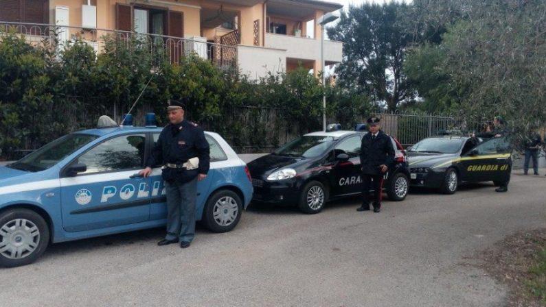 Vittime denunciano gli usurai: 12 arresti nel Cosentino. Ricostruiti anche altri reati