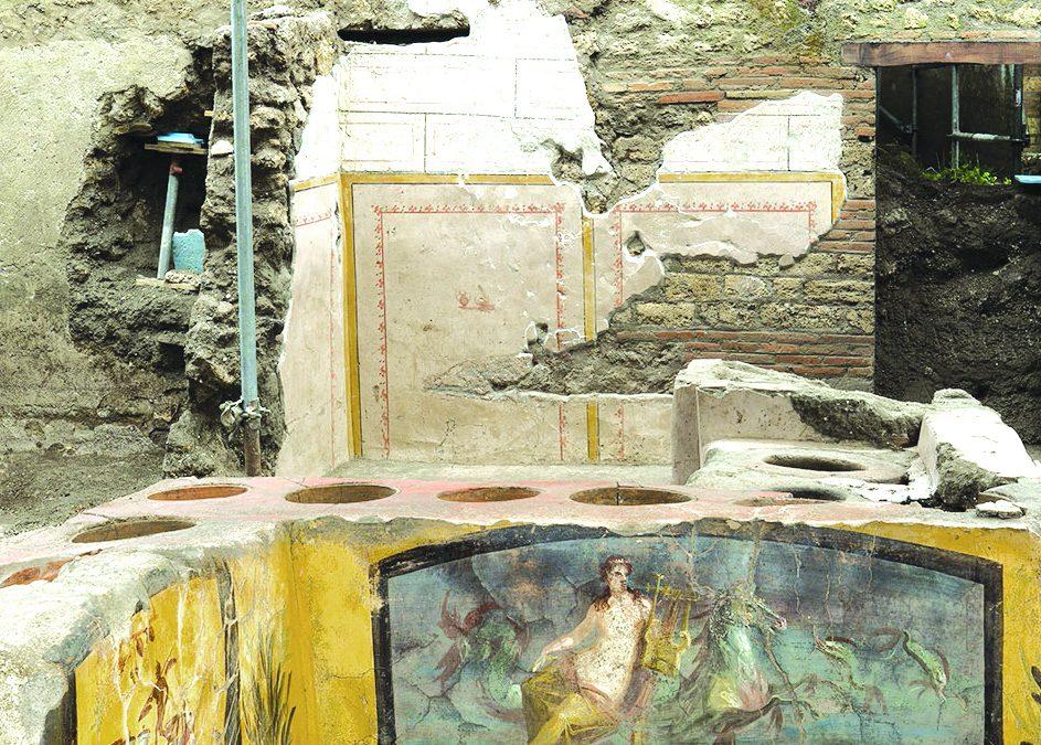 La scoperta a Pompei, ancora cibo nelle pentole