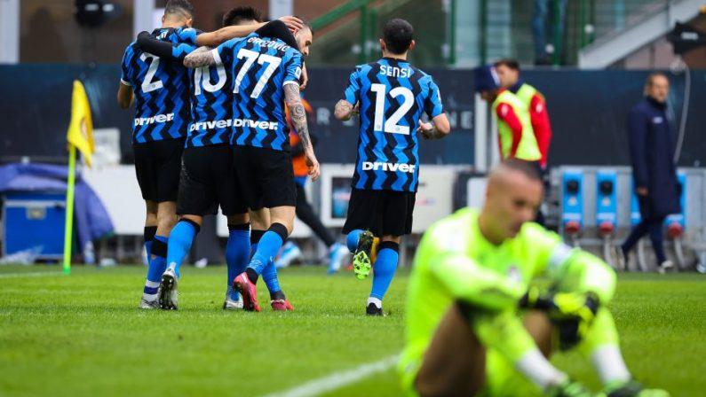 Serie A, l'Inter travolge 6-2 il Crotone, tris di Lautaro Martinez