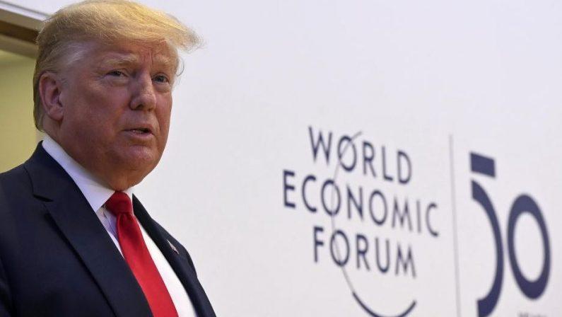 Stati Uniti, Twitter chiude definitivamente l'account di Donald Trump