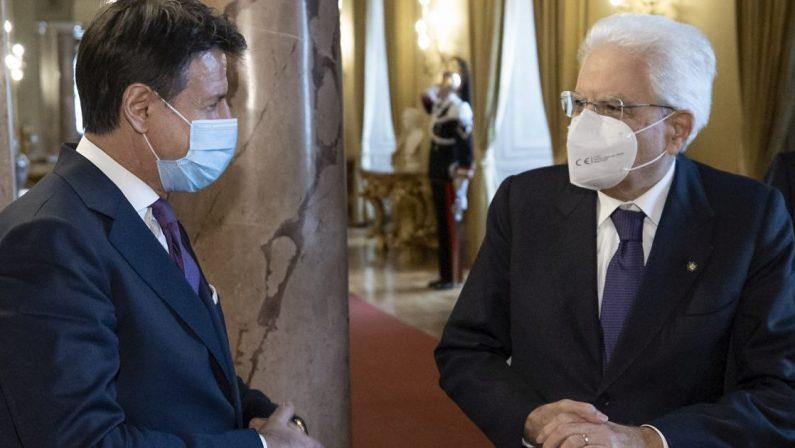 """Governo: Conte ha rassegnato le dimissioni, al via le """"consultazioni lampo"""" di Mattarella"""