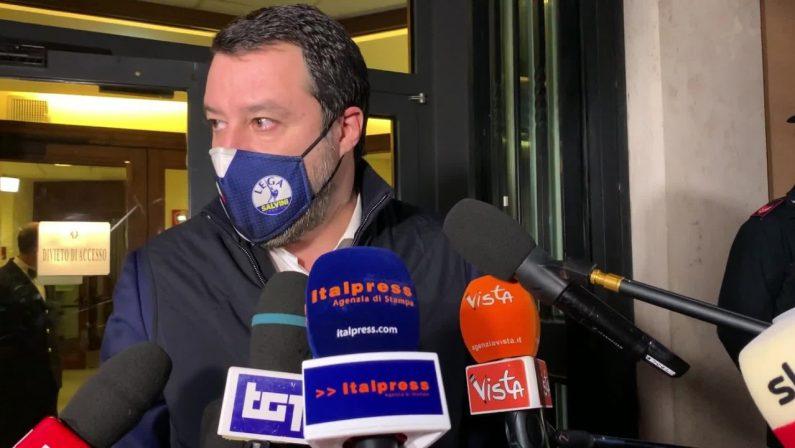 """Salvini """"No a un governo fantasma, Conte si faccia da parte"""""""
