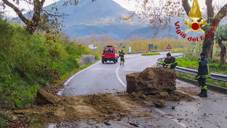 Frana nel Cosentino, chiusa la strada provinciale nei pressi di Orsomarso