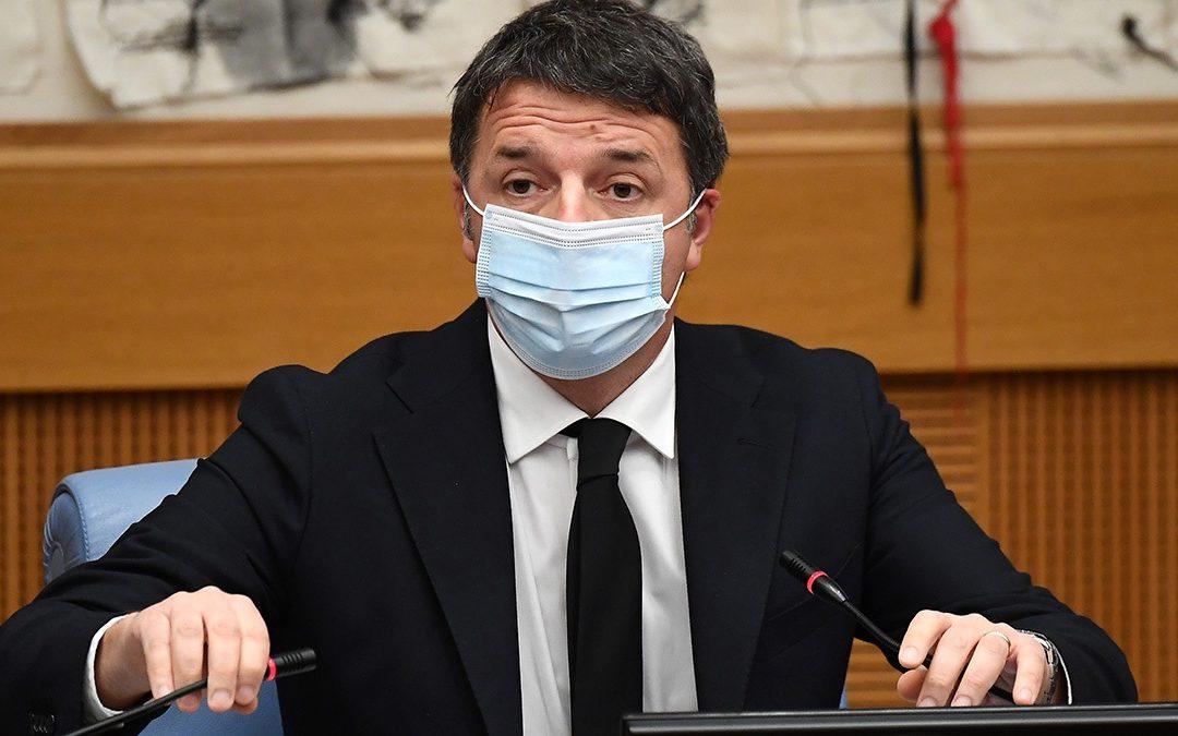 Matteo Renzi durante la conferenza stampa