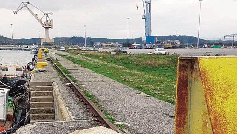 Crotone, rischio radioattività al porto, ma nessuno lo segnala