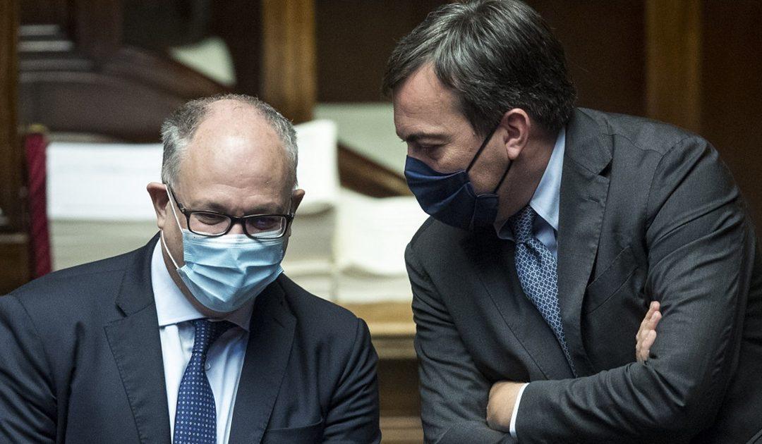 I ministri Roberto Gualtieri e Vincenzo Amendola