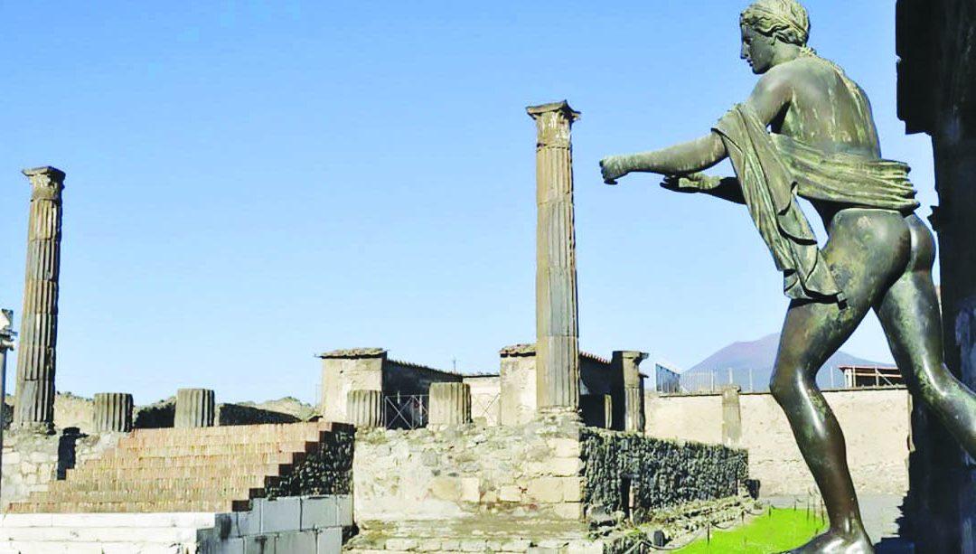Il Tempio di Apollo all'interno degli Scavi di Pompei