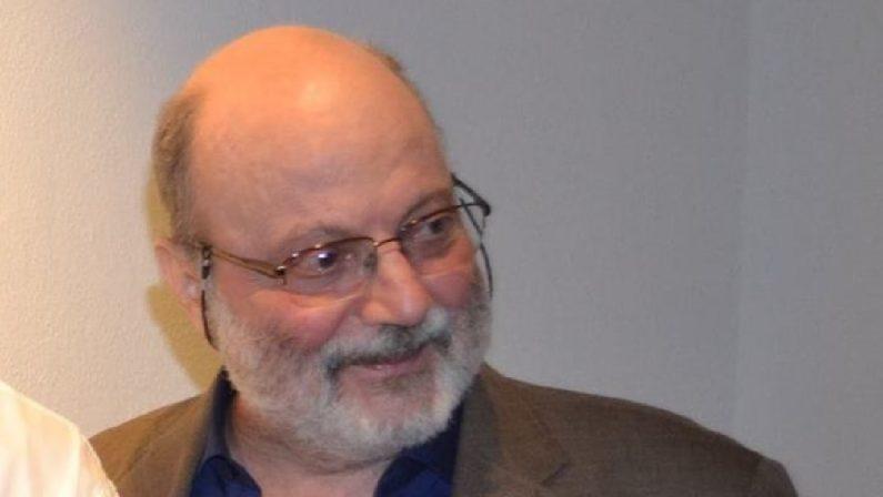 Addio a Tonino Sicoli, lo storico e critico dell'arte è morto a 73 anni