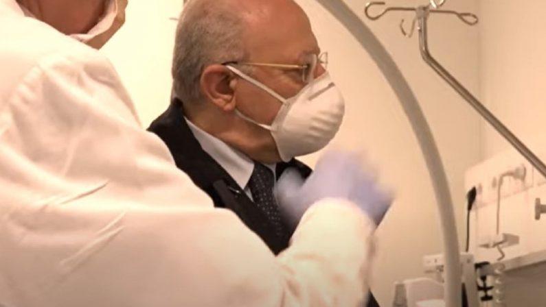Vaccini, De Luca ha effettuato il richiamo anticovid al Cotugno