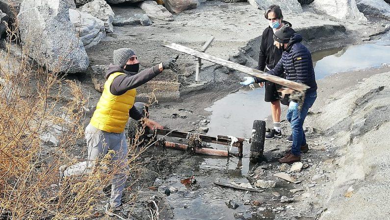 Reggio Calabria: volontari e amministrazione insieme per ripulire il Parco lineare Sud