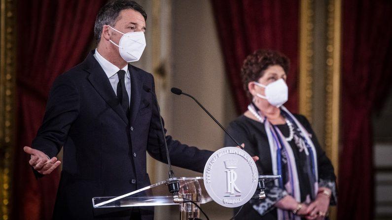 Renzi alza l'asticella sul governo: «Dopo gli insulti diteci se ci volete»