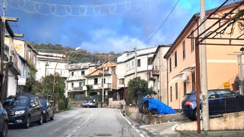 """Viaggio a San Luca e Palazzi dove anche la messa non si fa """"per Covid"""""""