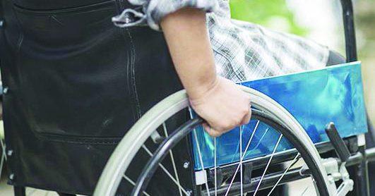 """Coronavirus, padre di un ragazzo disabile scrive a Bardi: """"Vorremmo tornare a vivere"""""""