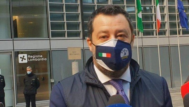 Amministrative Napoli, Salvini: Pronti a correre senza simboli per amore della città