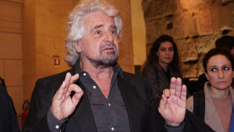 """M5S, Grillo """"Abbiamo idee e spirito, andiamo lontano"""""""
