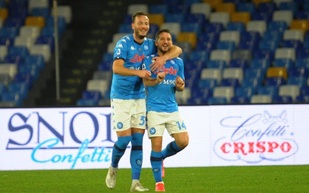 Il Napoli vince 2-0 il derby col Benevento, Mertens sugli scudi