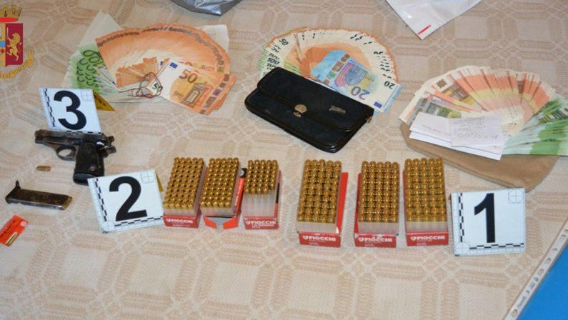 Armi e quasi 30mila euro nascosti in casa, arrestato 61enne di Rombiolo nel Vibonese