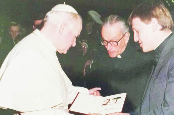Nello scrigno di don Bruno, il sacerdote con un secolo di vita da narrare