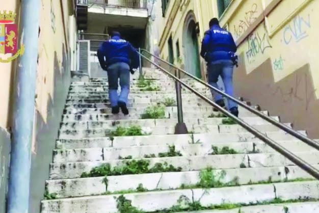 """Spaccio """"porta a porta"""", coppia arrestata a Potenza"""