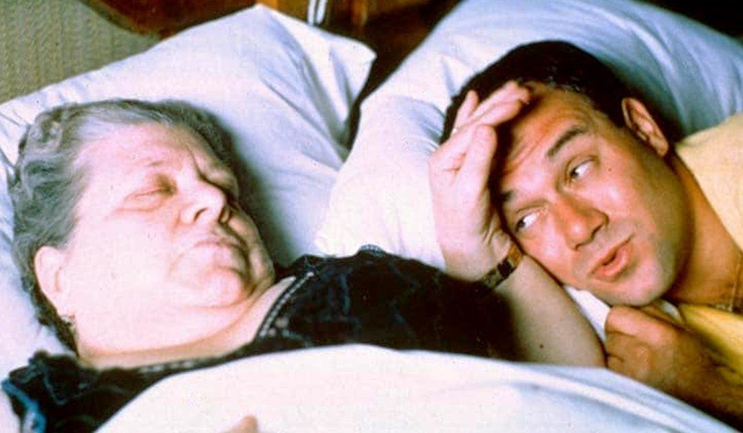Carlo Verdone e la Sora Lella in una scena del film