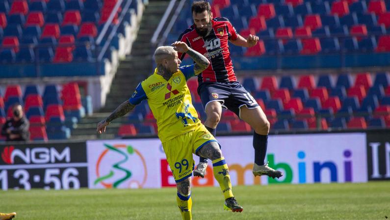 Serie B, il Cosenza conquista la sua prima vittoria in casa: battuto il Chievo