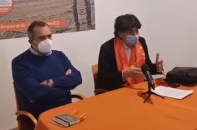 In tre dalla Calabria assunti al Comune di Napoli. Bufera politica su De Magistris