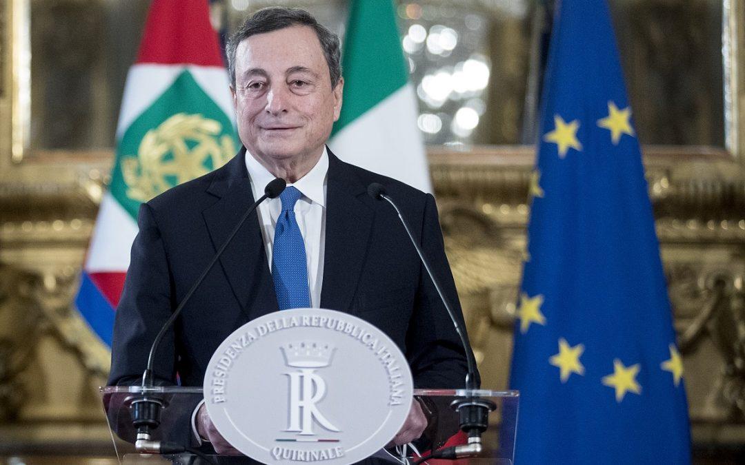 Mario Draghi dopo l'incontro con Mattarella al Quirinale
