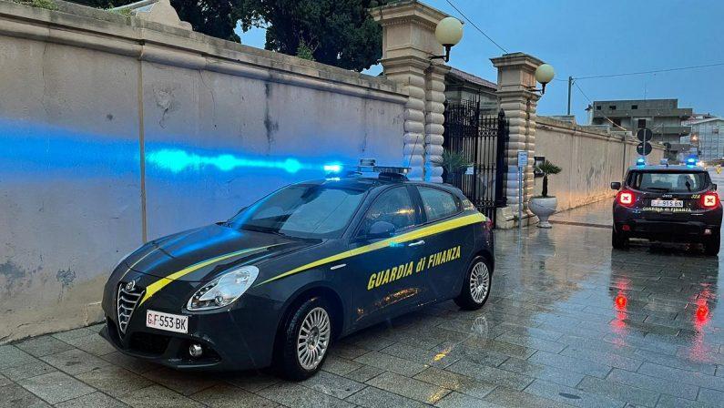 Salme bruciate a Tropea, il Comune parte civile. Uno degli indagati è difeso dal figlio di un assessore