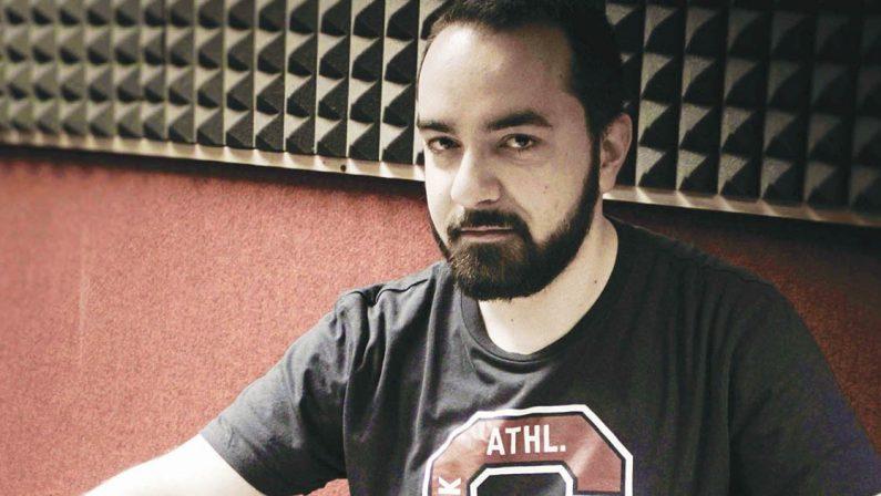 Il cutrese Barozzi lancia il primo manuale pop-rockricco di QR code per un'esperienza interattiva