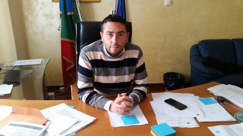 Rosarno, il sindaco Giuseppe Idà rassegna le dimissioni e rigetta le accuse