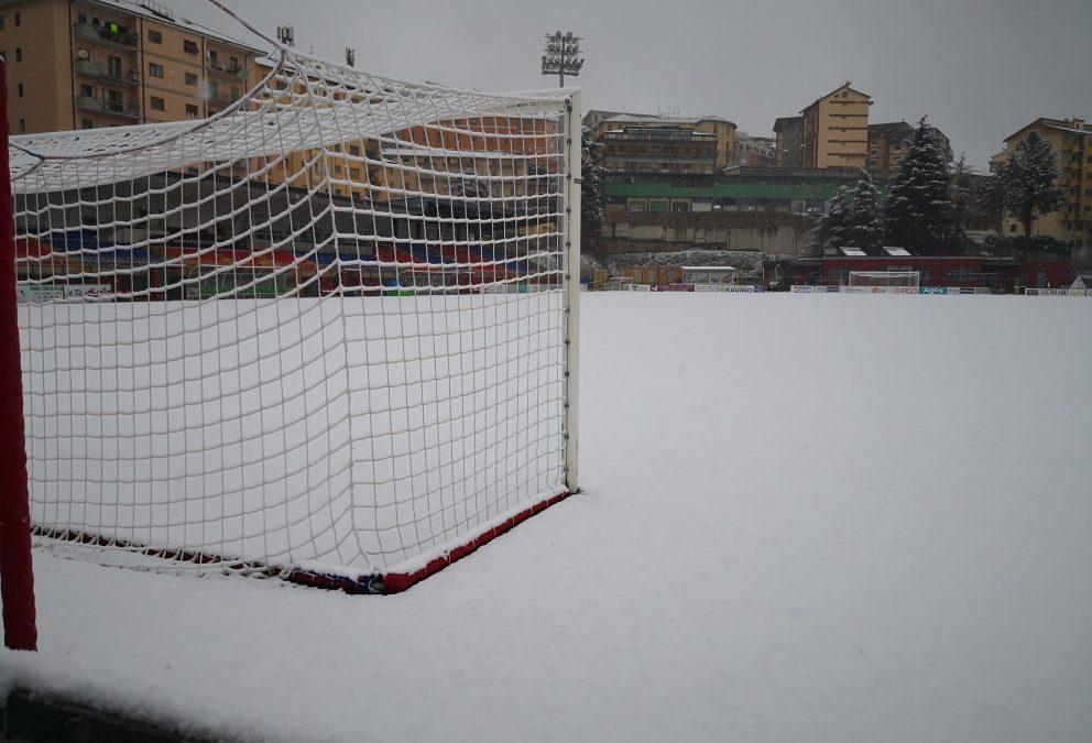 La neve sul campo del Viviani